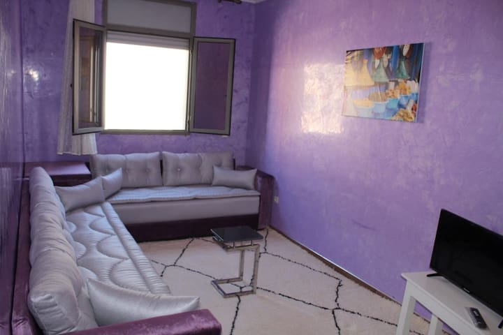 apartment joy italian style           Free shuttle