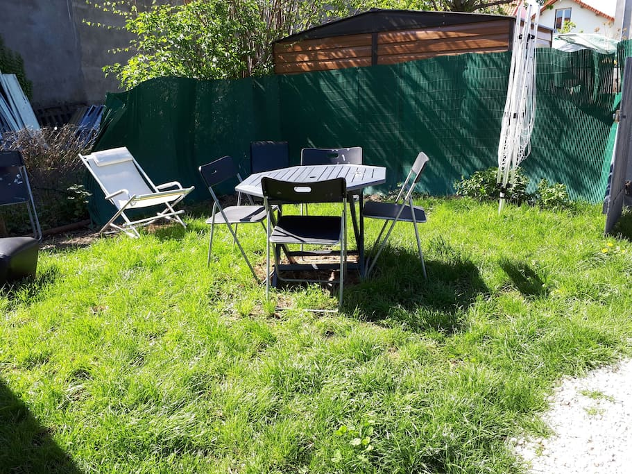 Maisonnette 30m2 et son jardin reposants houses for - Amenagement jardin photos clermont ferrand ...