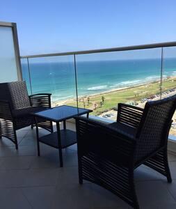 Luxurious Sea view apartment