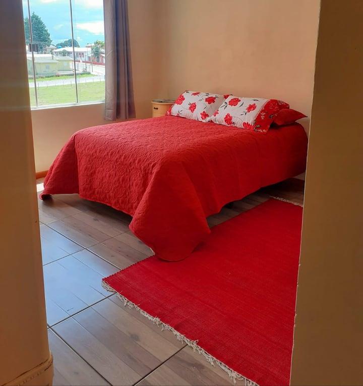 Pousada Vitrine -Suite Vermelha - conforto urbano