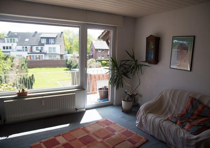 Ruhige Wohnung mit Balkon und Garten - Kempen - Daire