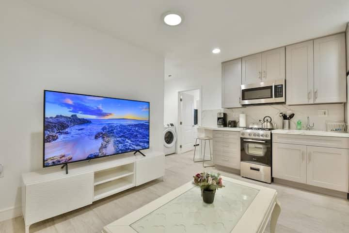 ›› Gorgeous Modern Apartment w/ Bidet & Parking