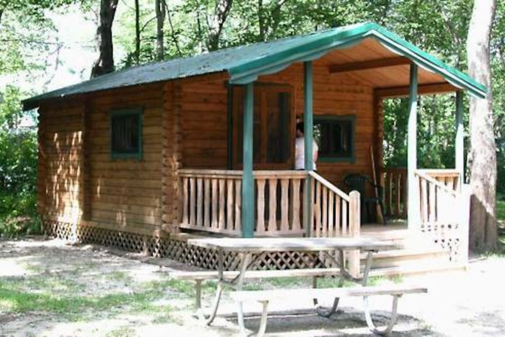 Sea pirate campground cabins for rent in eagleswood new for Cabin getaways in nj