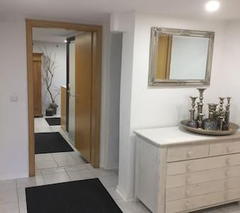 Gästequartier mit neuem Badezimmer