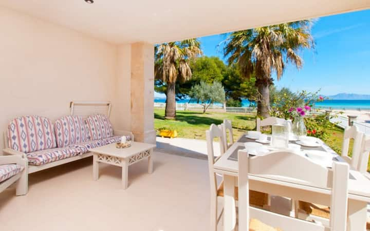 Holiday Apartment Sun of the Bay 2 directly at the Beach with Sea View, Wi-Fi, Balcony & Terraces; Parking Available