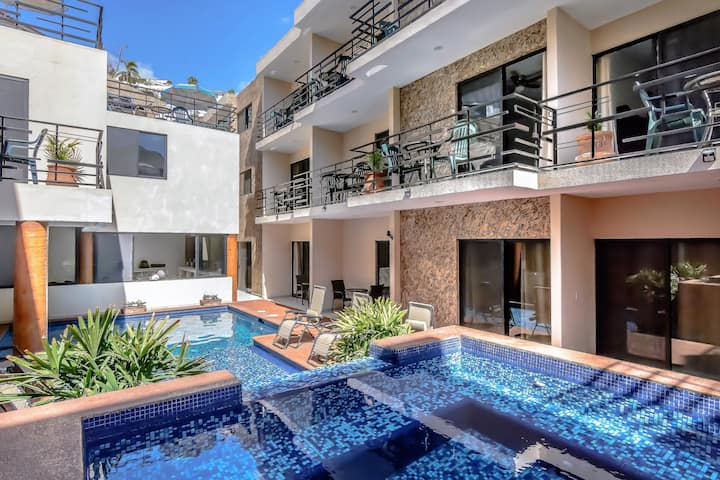 8A-LONG TERM PEDREGAL PRIVATE UNIT (1-2 persons)