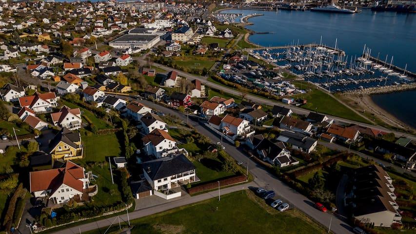 Nyoppusset leil. på Jeløy, gangavstand til sentrum