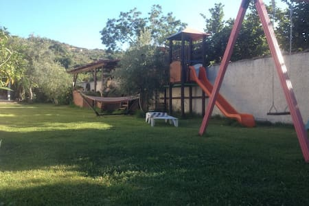 Authentic and rustic apartament close to Taormina