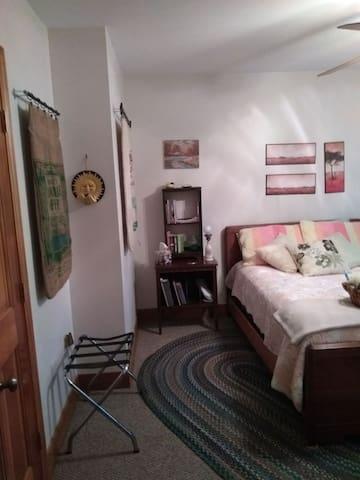 Guest room from the door.