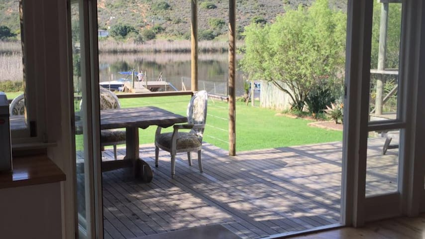 Luxury house on the Breede River