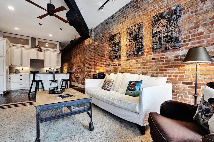 LUXURY LOFT on MARKET!!!