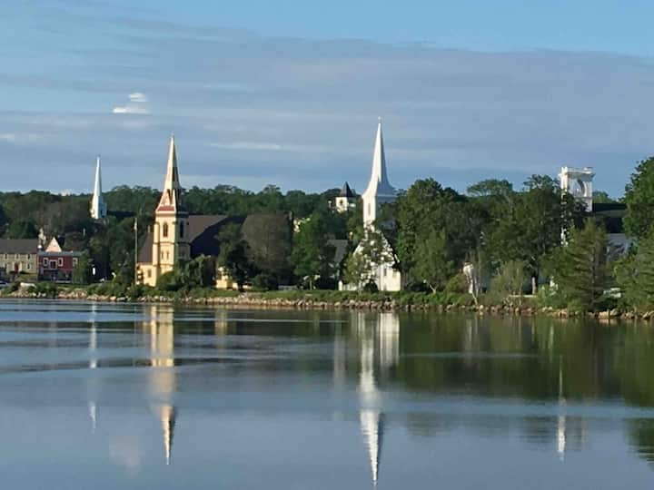Edgewater Suite - Mahone Bay Three Churches Vista