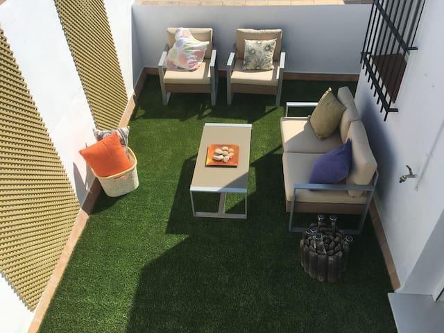 Loft with spacious terrace