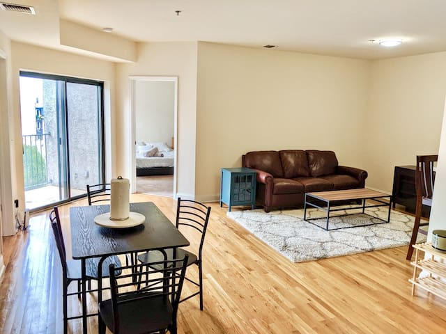 ☀️Beautiful 2 Bed/2 Bath | 20 Min to NYC | Hoboken