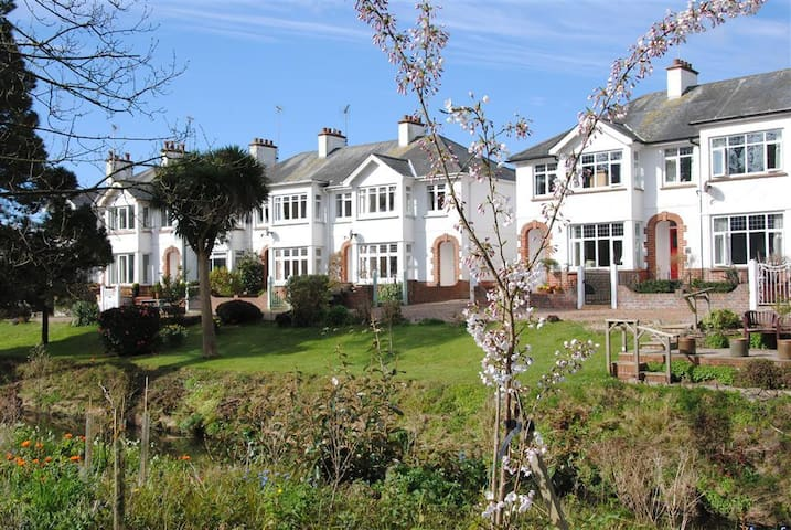Lovely house, great location - Sidmouth - Talo