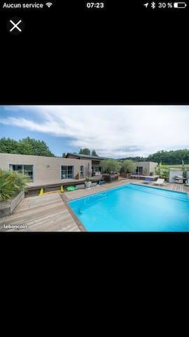 Maison entière au calme avec piscine jaccuzzi