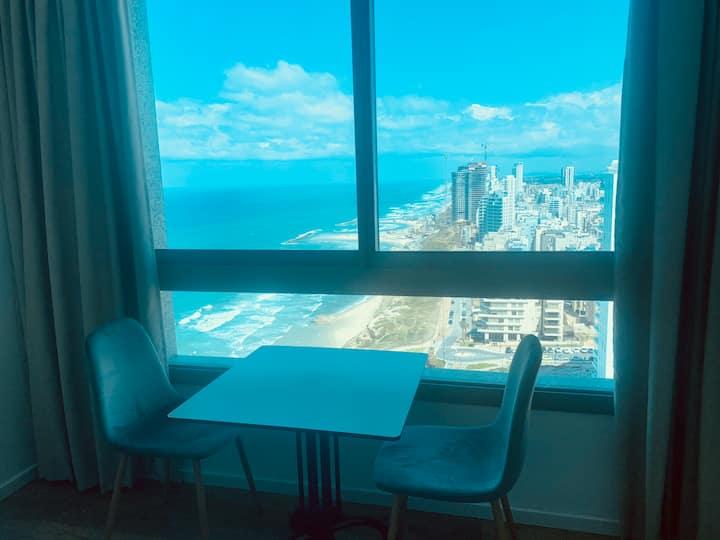 C Tower Apartments, Sea View, Studio 17 floor