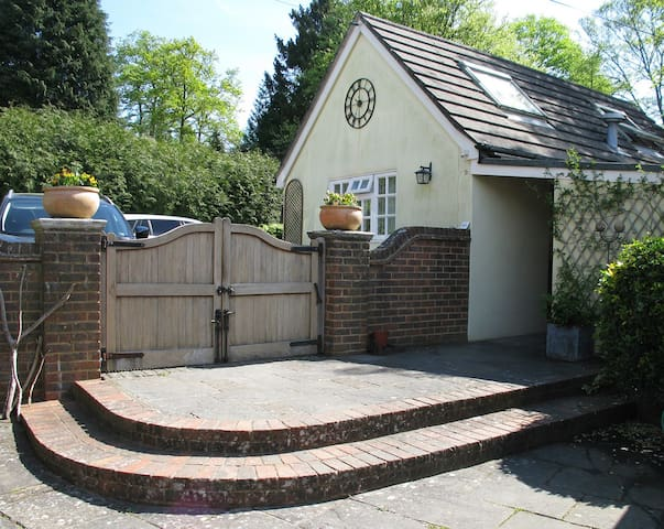 Private en suite annexe - Rotherfield