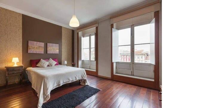 Lindo Apartamento de Dois Quartos no Centro-Braga