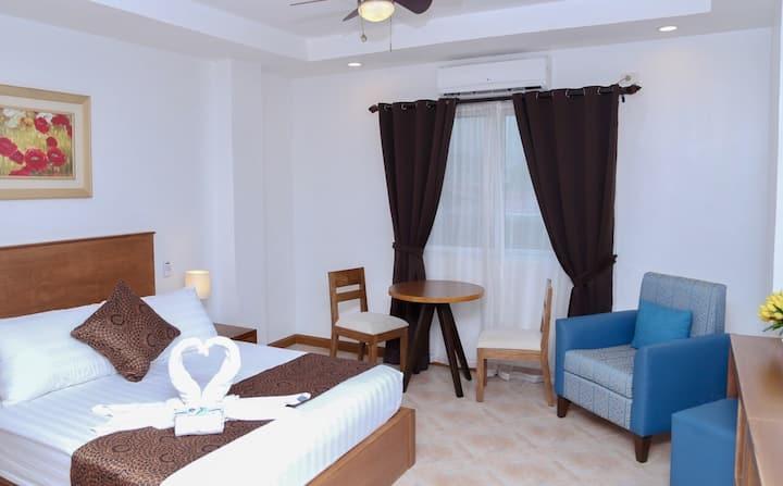 The Pub Hotel Subic Bay