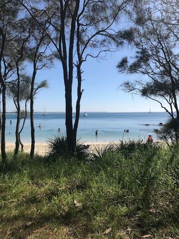 Local Beach 6 minute walk away!