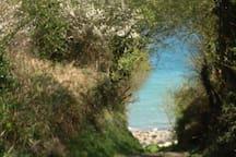 Chemin menant à la plage de Beg Ar Fri