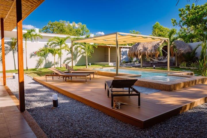 Halamanan Villa Calamansi w/ priv. pool  2 bedroom