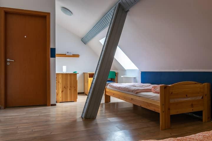 Pénztárcabarát kétágyas szoba két külön ággyal