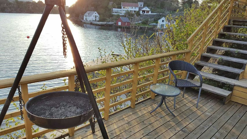 Apartm with fishingboat and jacuzzi - Karmøy - Flat