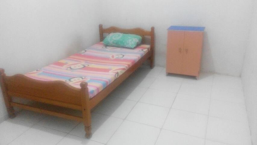 private room in batam - batam - House