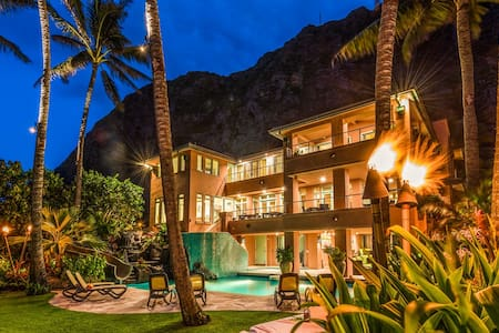 $3250/NT (2/26-3/10) 6BR Main House Only - Waimanalo