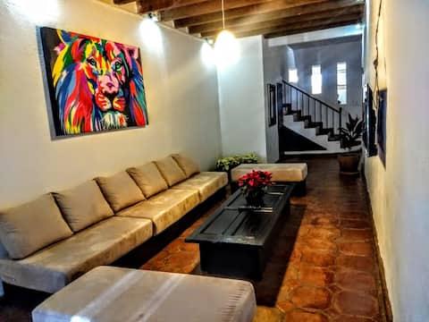 """Casa """"El León """""""