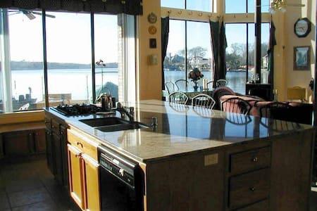Lakefront home - Lake Conroe and The Woodland - Монтгомери - Дом