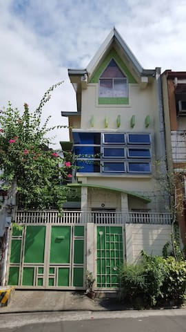 Zen House - Oasis in the city - Quezon City - Hus