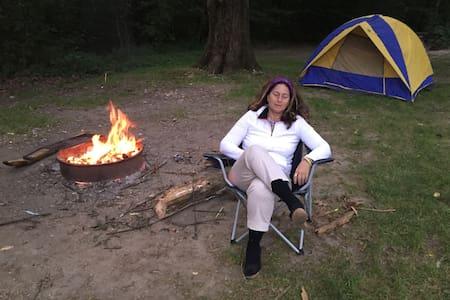 Lakeside primitive camping - Tent