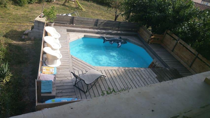 Maison de charme avec piscine privée - Meyrannes - Casa