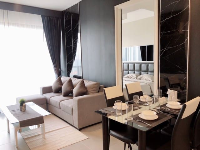 Luxury 2BR Top Sea View Unixx @South Pattaya