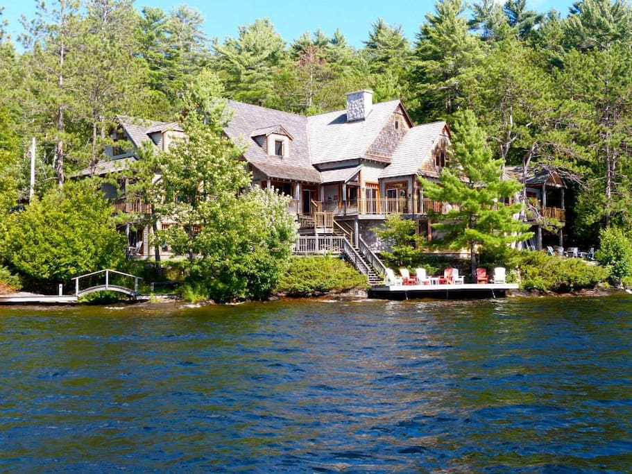 Luxury Retreat On Lake Muskoka Houses For Rent In