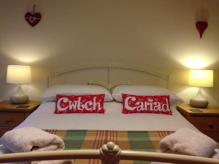 The Stables Holiday Cottage Cardigan West Wales