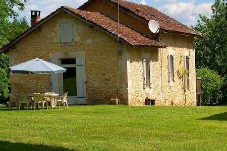Le Châlet - Saint-Georges-de-Montclard