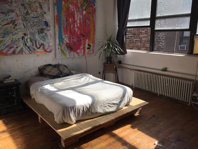 Rustic and Spacious Artist Loft with 2 beds - Brooklyn - Loft