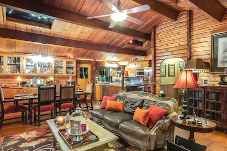 Loomis Log Cabin