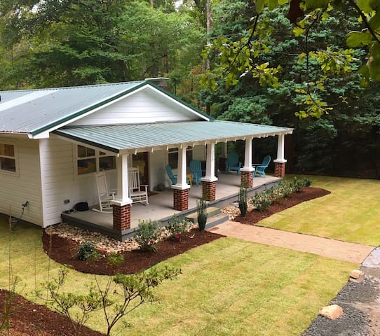 Jocassee Bungalow | Private Estate | 3bd/2ba