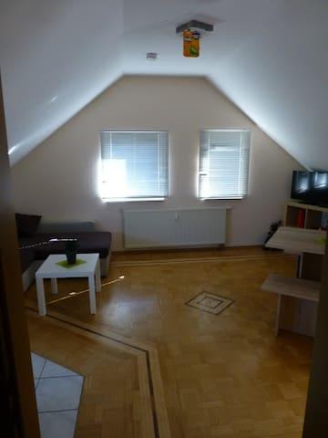 Haus 1, Zimmer 7 Appartement
