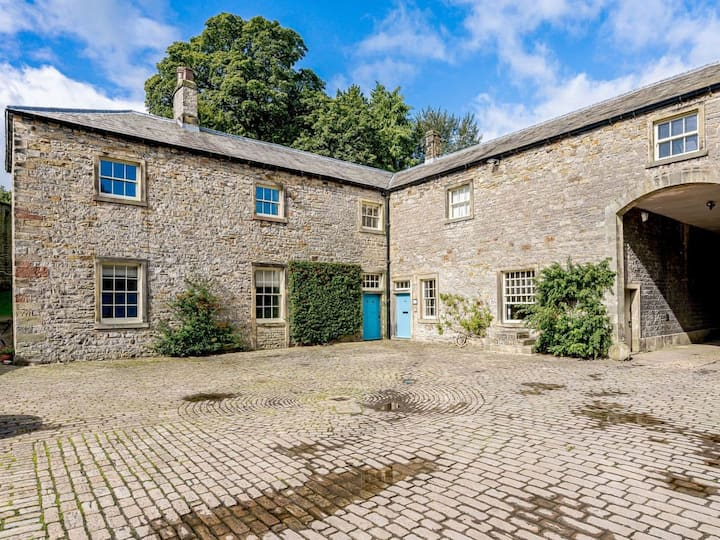 Stable Cottage (UKC4445)