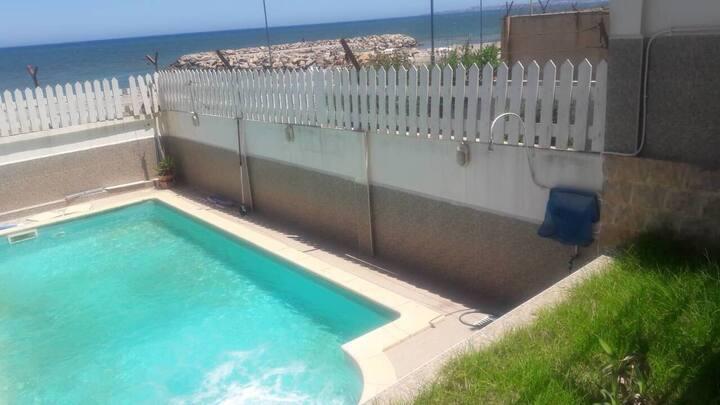 Luxueuse villa bord de mer, piscine, jardin...