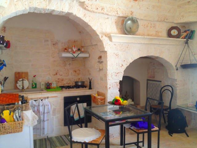 Appartamento in pietra in edificio storico. - Ceglie Messapica - Pis