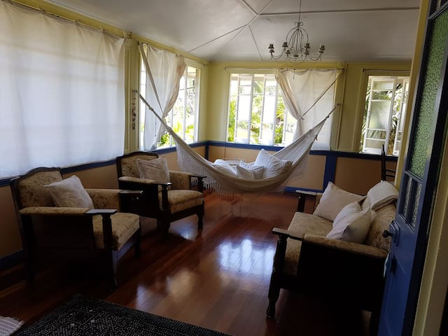 Guesthome close to the beach and walking paths