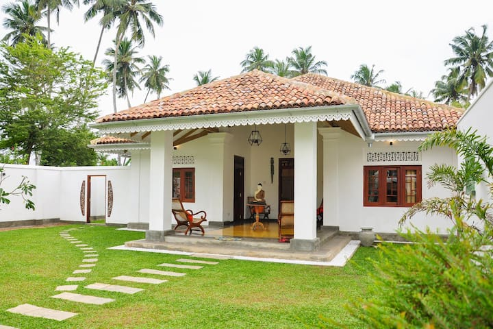 A Stunning Villa with private pool. - Weligama - Villa