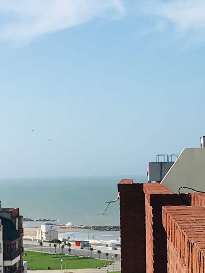 Excelente departamento con vista plena al mar.